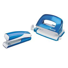 Tűzőgép és lyukasztó szett, 10 lap, fém, LEITZ Wow Mini, kék