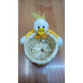 Sárga kacsa kosárkával