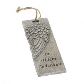 Kegyeleti felirat angyalszárny akasztós poly 12,7cm x4,8cm x1,5cm szürke