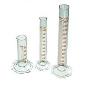 Mérőhenger üvegtalppal B 50 ml