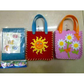 Varrható kislány táska, különböző mintával (1db)