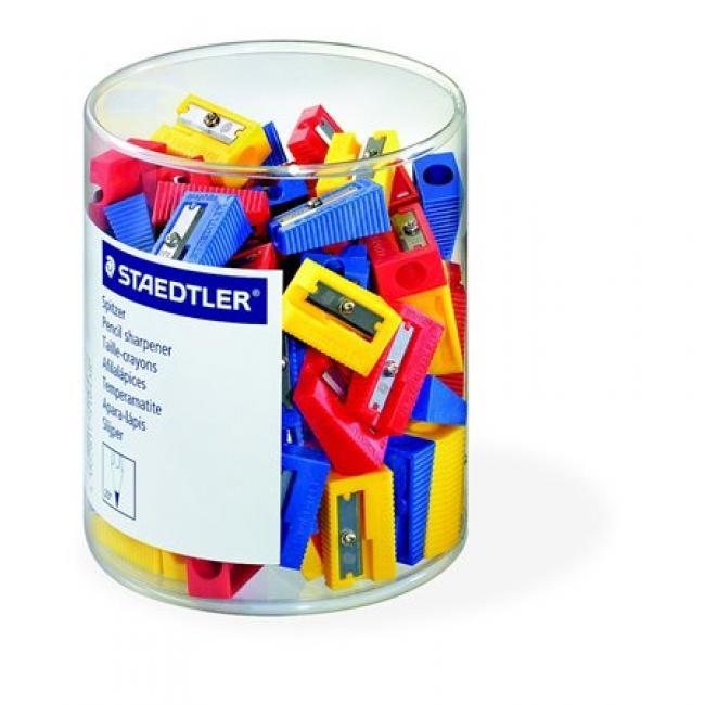 Hegyező, egylyukú, STAEDTLER, vegyes színek [100 db]